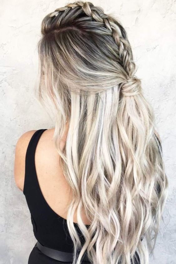 There are many reasons why a half up half down ponytail is so hot. One of them is that it is effortlessly easy to create and gorgeously sweet to look at!