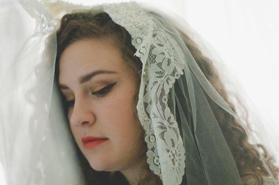 Wedding photo. #Vale #bride #redlipstick