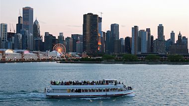 Things to do with your parents when they visit Chicago