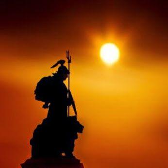 - Un guerrero de la luz , jamas hace trampas , pero sabe distraer a su  adversario . . . -  @swami1951: