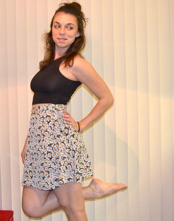 90s Grunge Daisy Wrap Around Skirt by MerlotMami on Etsy #hipster #softgrunge #90sgrunge #grunge #vintage #fashion #dress #pastel #daisy #skirt