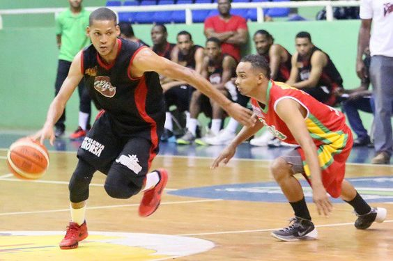 Final del baloncesto superior de La Romana inicia este martes