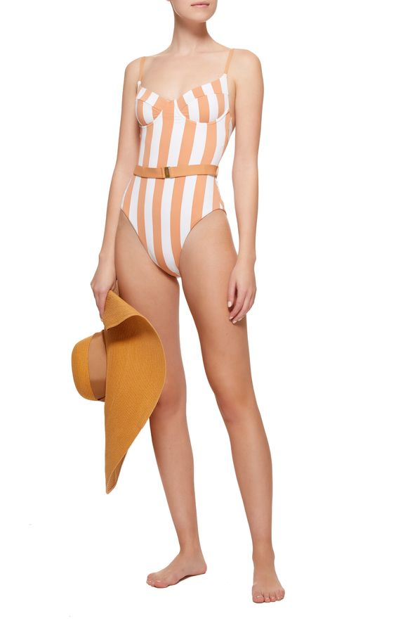 Do's and don'ts of buying swimwear for big hips.