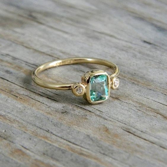 Aquamarine: Pretty Rings, Aquamarine Rings, Fabulous Rings, Beautiful Rings, Gold Rings, Stone Rings, Green Rings, Raw Diamonds