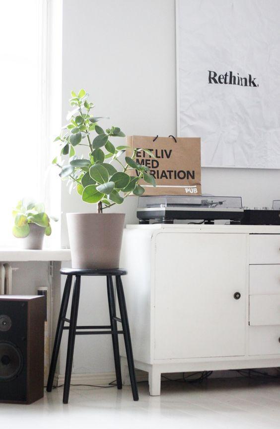 DIY HOME INSPO: PLANT STOOLS - a pair & a spare
