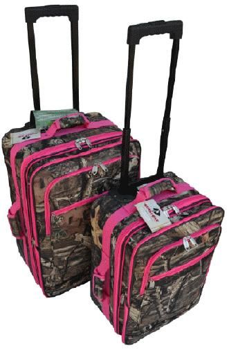 Want! Camo and pink luggage!