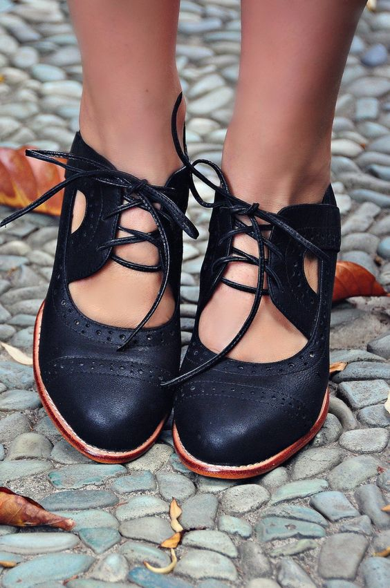 Outstanding Flat Shoes