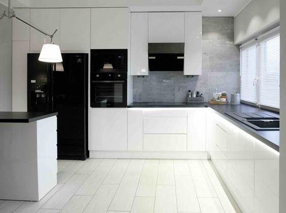 Projekt Sadyba - Duża otwarta kuchnia w kształcie litery u, styl - küchenzeile u form