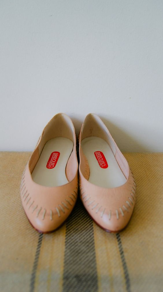 Vintage 80s Ballet Flats. Women's Shoes. by NewOldFashionVintage