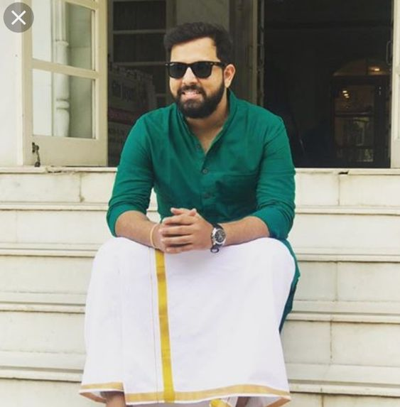 Traditional Dress of Kerala For Males: Mundu