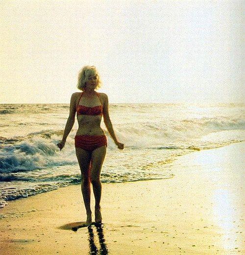 marilyn-monroe-rare-photos-28.jpg (500×520)