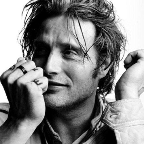Mads Mikkelsen, Danish, male actor, celeb, hands, fingers, portrait, photo b/w.