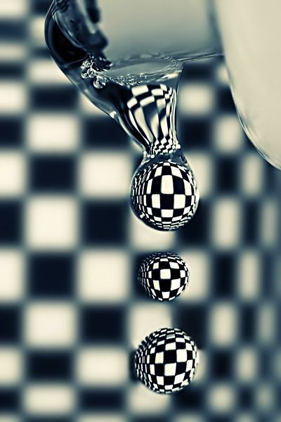 Checkered water drops
