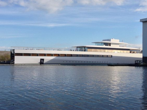 Philippe Starck Impounds Steve Jobs Superyacht Venus Aluminum - Giga yacht takes luxury oil tanker sized extreme
