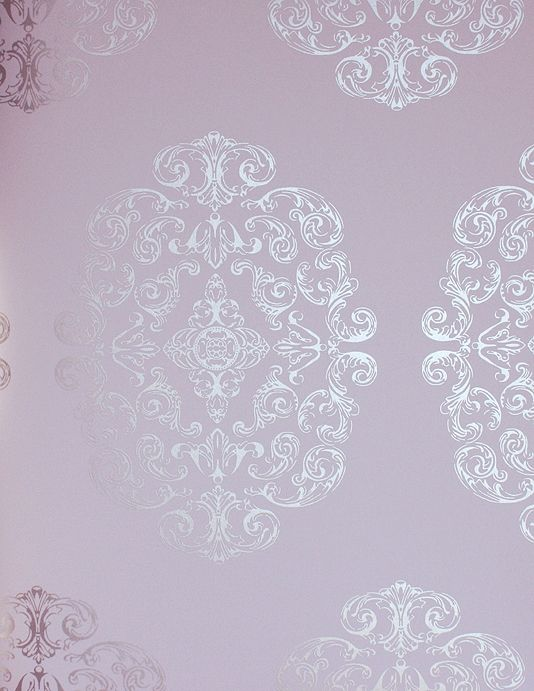 Zecca Wallpaper Soft lilac wallpaper with large medallion in silver metallic