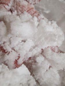 FOR KIDS; Cómo hacer nieve casera o 'Plastinieve'