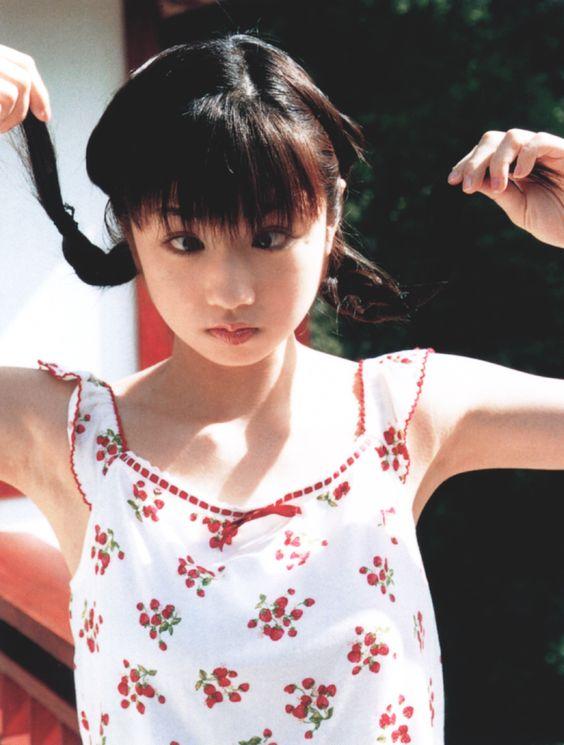 より目でおちゃめな小倉優子