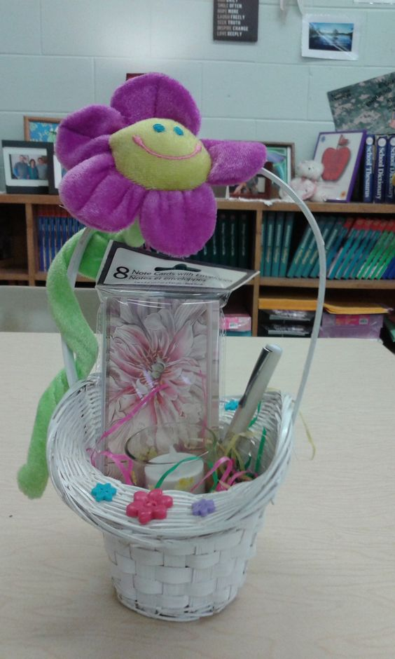My high school students helped make easter baskets for residents my high school students helped make easter baskets for residents at a nursing home we often visit kathys homemade gift baskets pinterest high school negle Gallery