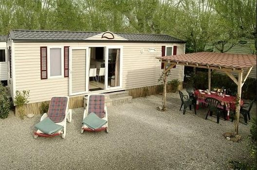 Excellent Pet Friendly Caravan For Hire At Coulmore Bay Inverness