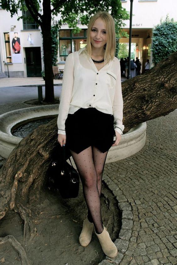Zara Skort und Punktestrumpfhose | Outfit