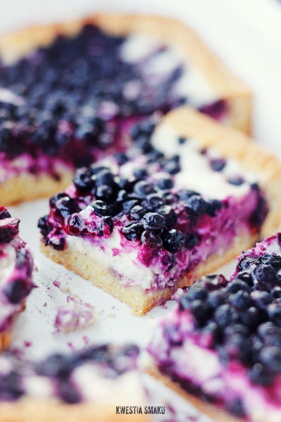 Blueberry cheesecake bars - these are gorgeous and I'm ...
