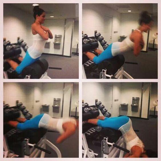 Nikki Bella Butt workout!!