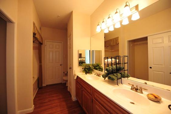 The Reserve at Woodwind  Giant bathroom with 2 sinks