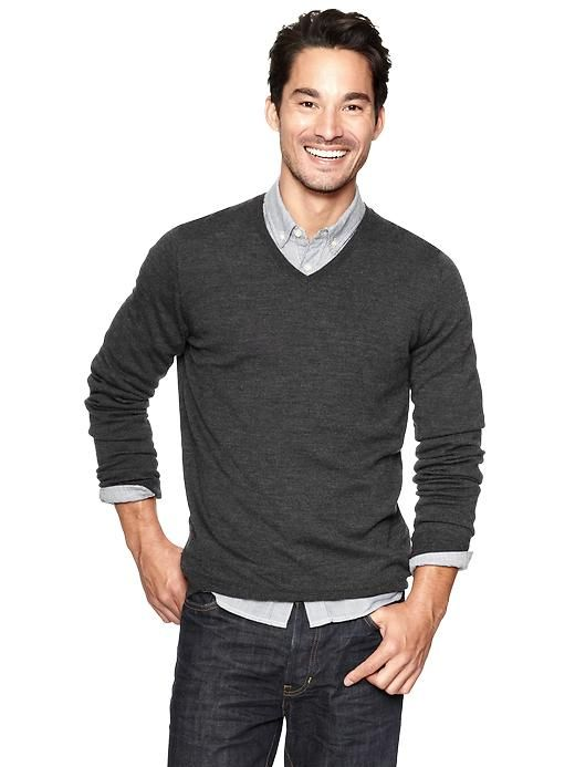 Guys wearing v neck sweaters for Dress shirt with sweater