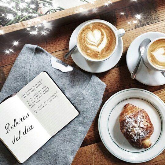 Cual es tu primer deber de cada mañana? El mio es tomar una taza de café y anotar todo en mi agenda de lo que tengo que realizar durante el día. #panama #coffeetime