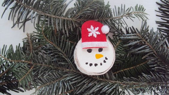 Snowman Wood Magnet Painted Wood Magnet by HomeDecorbyDiane