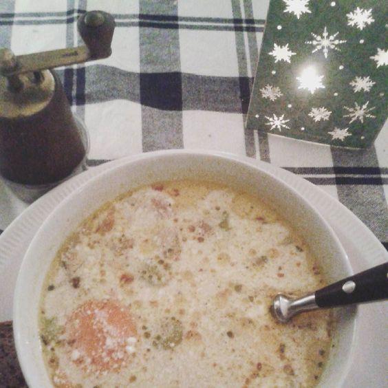 Kalte Tage -> Scharfe Suppe :) #chilisoup #warmesuppe #ichliebescharfesessen #kalterwinter #adventszeit