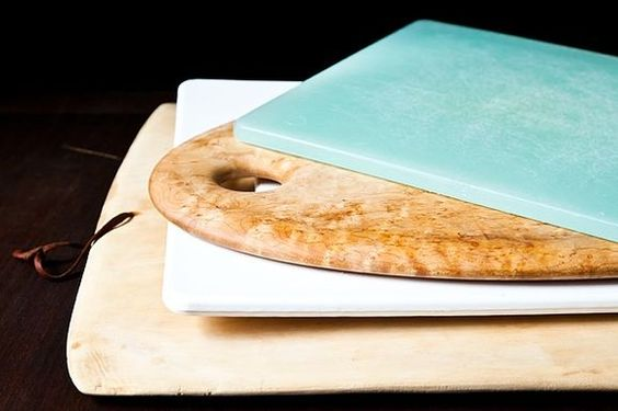Choosing the Right Cutting Board