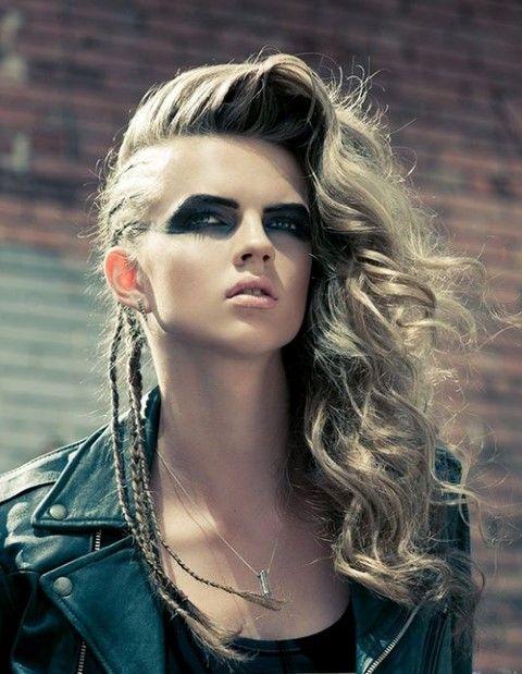 20 Verruckte Frisuren Fur Lange Haare Haare Styles Rock Frisuren Wikinger Frisuren Punk