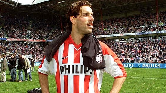 Ruud van Nistelrooy im Trikot des PSV Eindhoven © picture-alliance / dpa