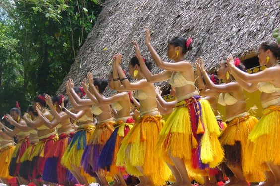 Palau traditional female dancers