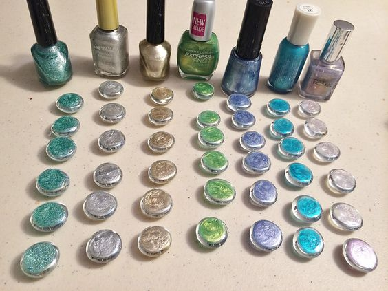 This is a handy little trick I love to use in all kinds of crafts and projects. You know those slightly flattened glass marbles that you can get at craft and home stores, often in the floral area f…