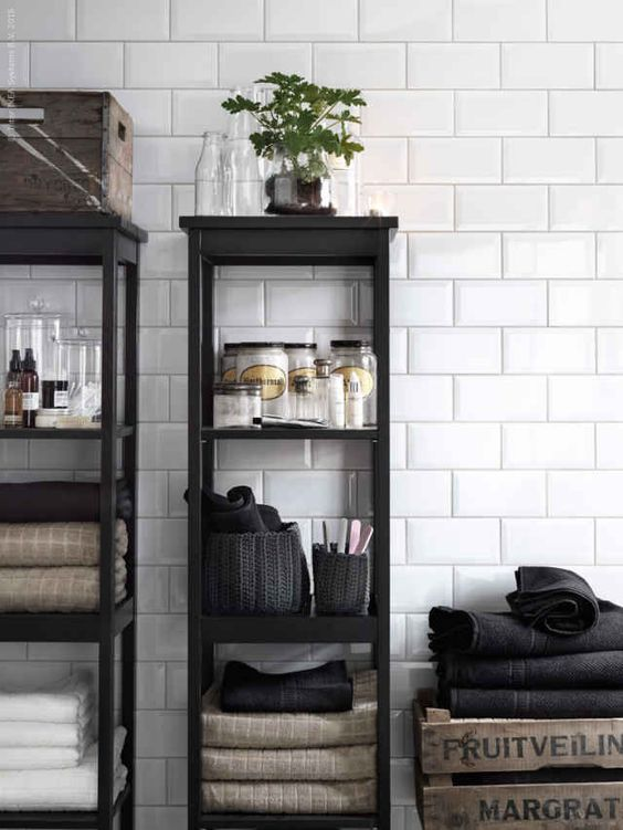 Badezimmer Design   Minimalistische Badewanne im Spa Stil