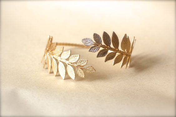 Athena Arm Band, Greek Leaves Arm Cuff, Wrap Around Arm, Flexible Bracelet, Golden Leaves Bracelet, Bridal Jewellery, Bridesmaid, Goddess