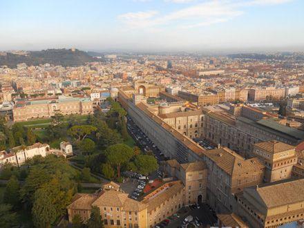 Museos Vaticanos vistos desde la cúpula de la Basílica de San Pedro.