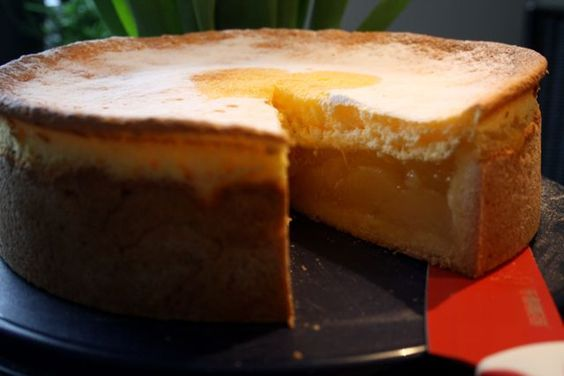 Birnenkuchen im Anschnitt