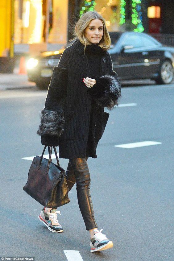 이미지 출처 http://shoespost.com/wp-content/uploads/2014/12/olivia-palermo-sneakers-winter-fur-cardigan-leather-pants.jpg