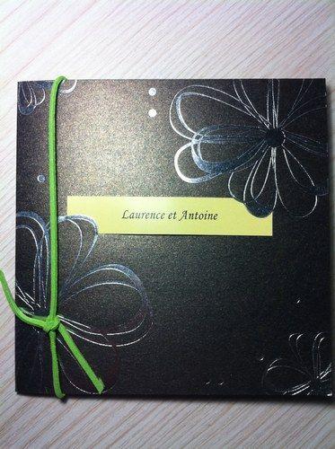 meilleur faire part mariage avec dessin argenté  http://www.meilleurfaire-part.fr/fleur-noir-faire-part-mariage-ruban-vert-fpo040-p-575/  $72