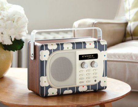 Love this pretty Ora Kiely radio...