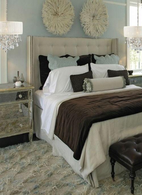 Idees De Chambre Chic Avec Une Touche Contemporaine Elegante Decorchambre In 2020 Haus Deko Vintage Schlafzimmer Ideen Einrichtungsideen Schlafzimmer