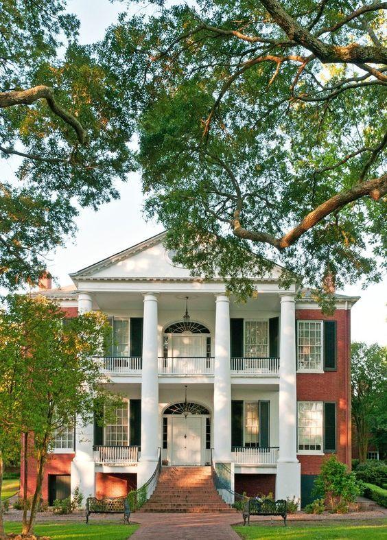 Desain Rumah Klasik Bergaya Greek Revival Rosalie Mansion Natchez Mississippi Sumber Architecturaldigest Com Rumah Kebun Rumah Besar Rumah Bersejarah