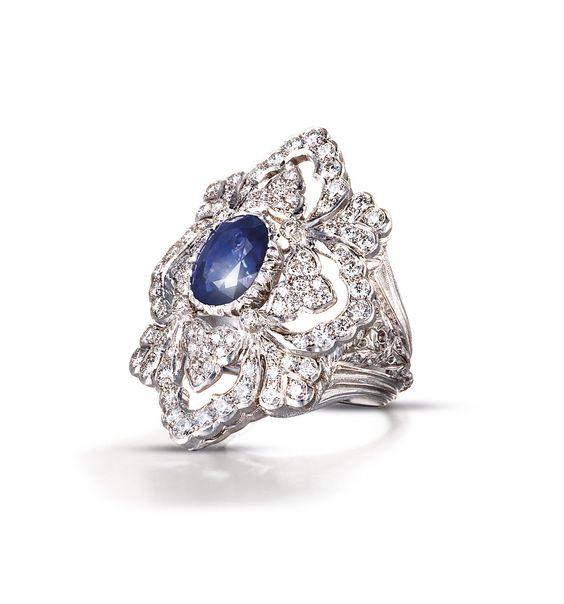 """BUCCELLATI @BuccellatiMilan 2 h2 ore fa  Like an """"Opera"""" star in a blue sapphire dress and glittering diamonds. Discover #BuccellatiOPERA on http://buccellati.com"""