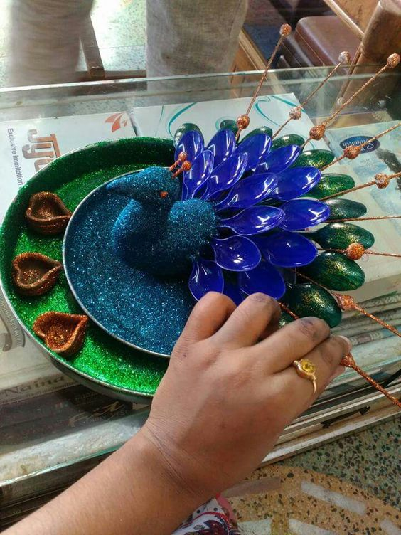 Aarti thali art and craft pinterest for Aarti thali decoration with clay
