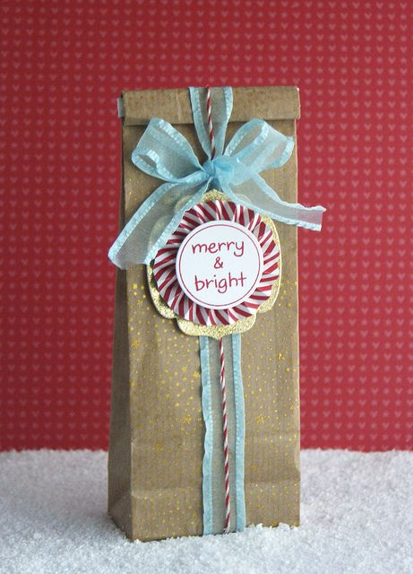 Merry & Bright bag by yainea, via Flickr