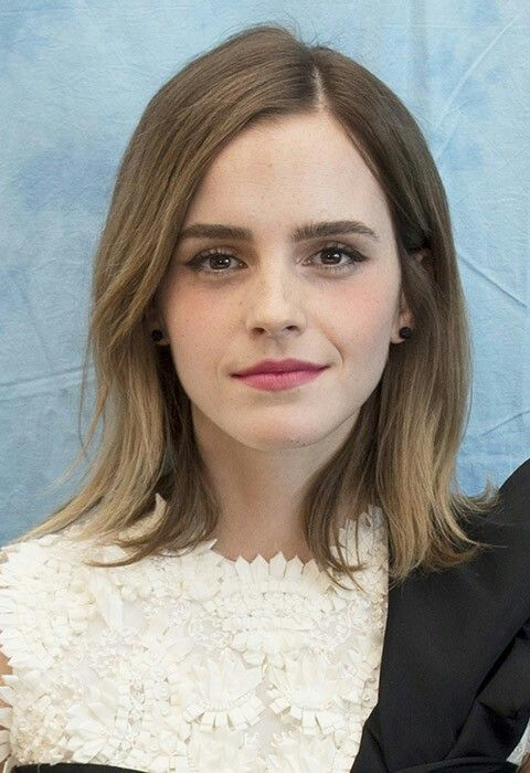 Pin By Harry Young On Tv Serien In 2020 Emma Watson Hair Emma Watson Hair Color Emma Watson Beautiful