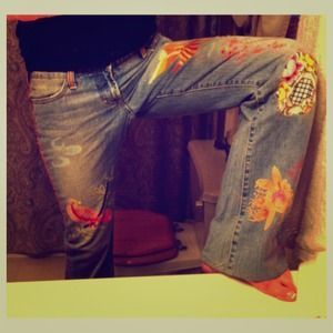 I just added this to my closet on Poshmark: MY NEW FAVORITE JEANS!. Price: $1000000 Size: 28